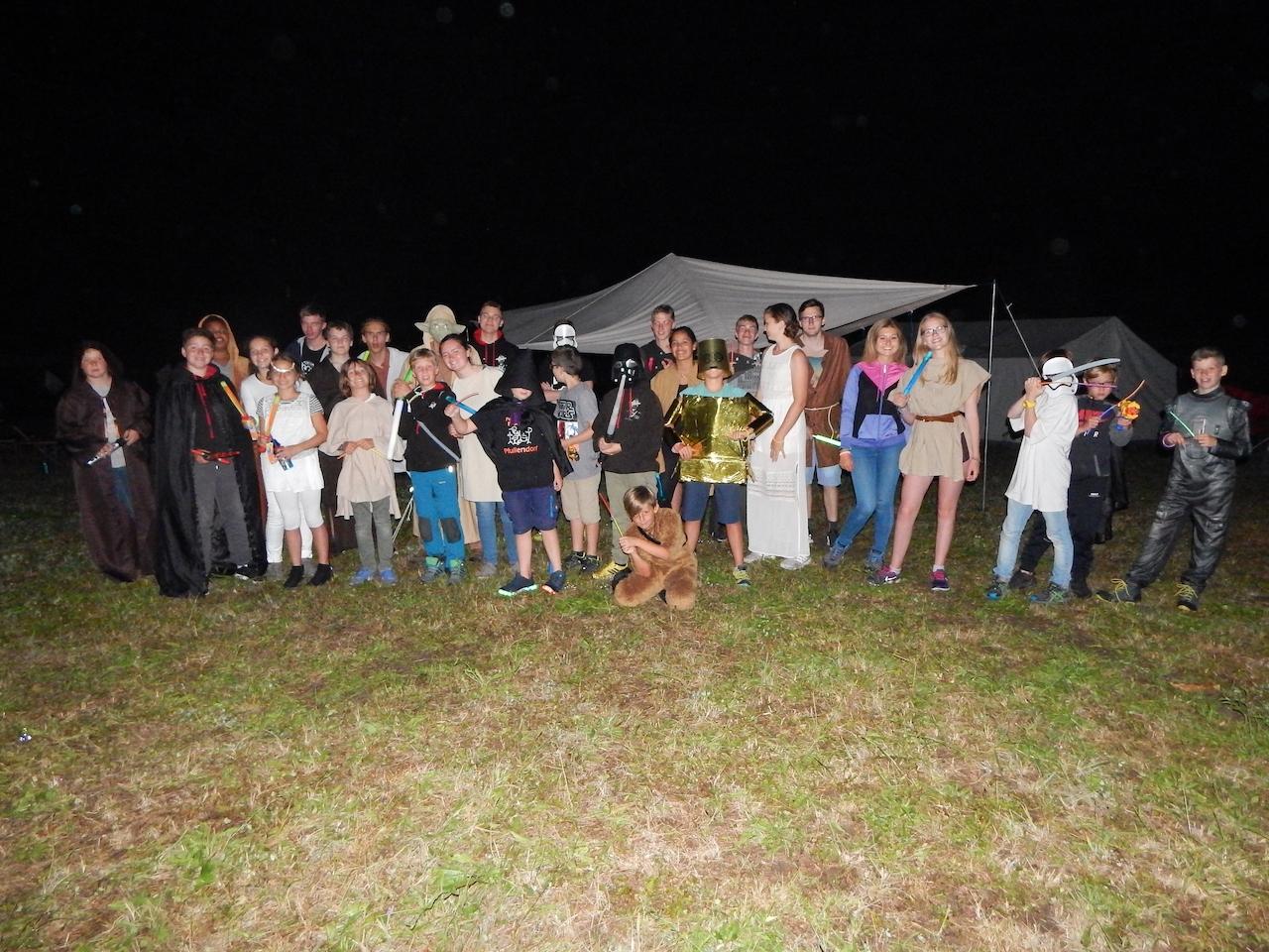 DPSG Pfadfinder verbringen ihr Sommerlager am Rhein